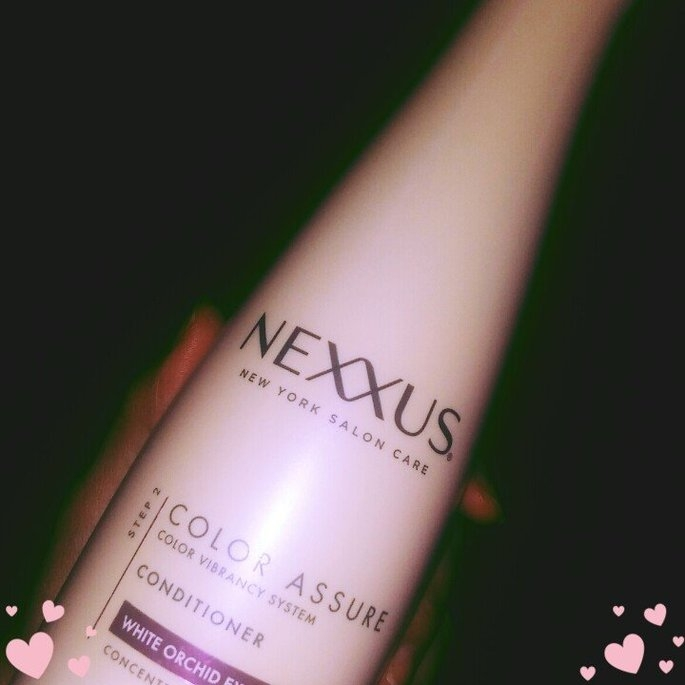 Nexxus Color Assure Restoring Conditioner uploaded by Deyanira V.