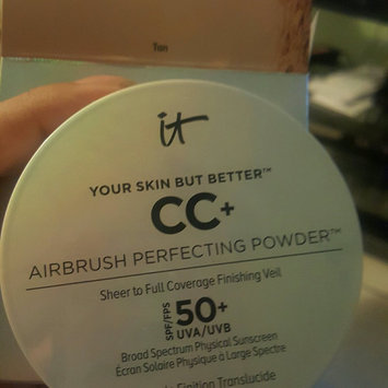 It Cosmetics Your Skin But Better CC+ Airbrush Perfecting Powder SPF50+ uploaded by Carla V.
