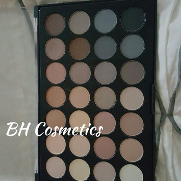 Modern Mattes - 28 Color Eyeshadow Palette uploaded by Marie W.