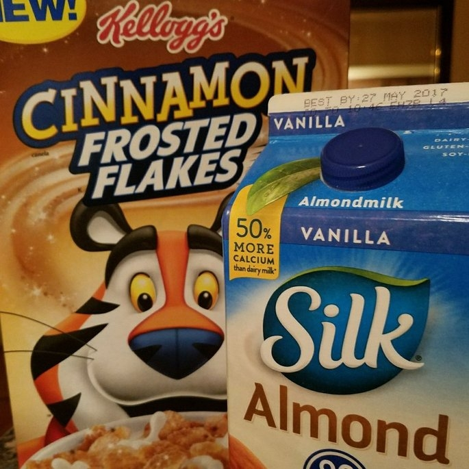 Kellogg's® Cinnamon Frosted Flakes™ of Corn 13.6 oz. Box uploaded by Danielle C.