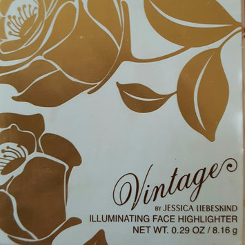 Photo of Jessica Liebeskind Illuminating Face Highlighter uploaded by Lindsay D.