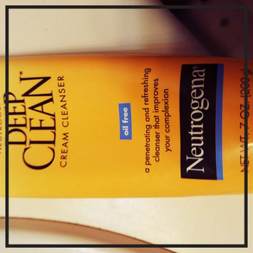 Photo of Neutrogena Deep Clean Cream Cleanser uploaded by Lacee L.