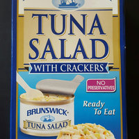 Brunswick® Ready to Eat Tuna Salad with Crackers 3 oz. Box uploaded by Noelia M.