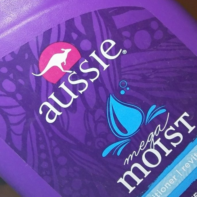 Aussie Mega Moist Conditioner uploaded by Lisa G.