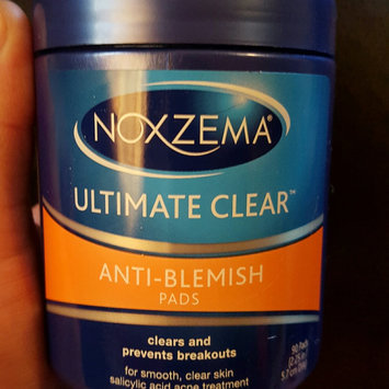 Photo of Noxzema Ultimate Clear Anti-Blemish Pads uploaded by Abigail G.