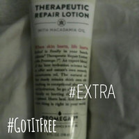 Adamia Therapeutic Repair Lotion with Macadamia Nut Oil and Promega-7 uploaded by Holly N.