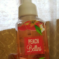 Bath & Body Works Peach Bellini Anti-bacterial Deep Cleansing Hand Soap uploaded by Minga M.
