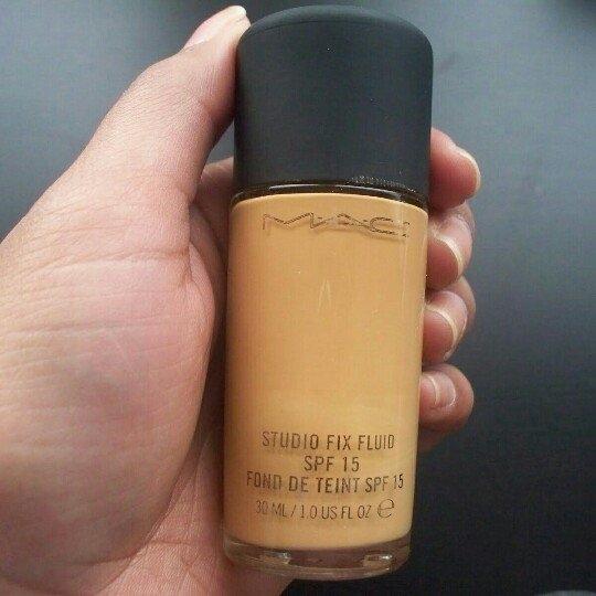 MAC Cosmetics uploaded by Gabriela Carolina G.