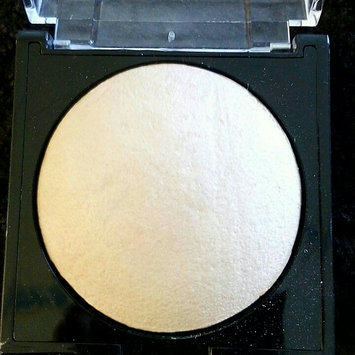 Measurable Difference Face & Body Highlighter uploaded by Kelly D.