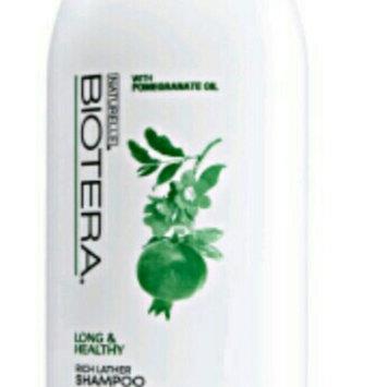 Photo of Biotera Ultra Moisturizing Shampoo uploaded by maria v.