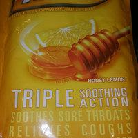 Halls Mentho-Lyptus Honey Lemon Throat Cough Drops uploaded by Viridiana H.
