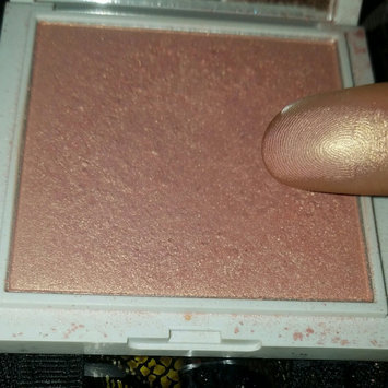 Photo of Jessica Liebeskind Illuminating Face Highlighter uploaded by Valerie M.
