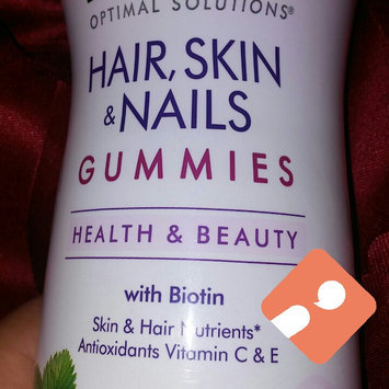 Nature's Bounty Optimal Solutions Hair, Skin & Nails Dietary Supplement Strawberry Flavored Gummies, 90 count uploaded by Avelina S.