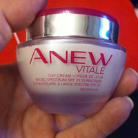 Avon Anew Vitale Day Cream SPF 25 (50g) uploaded by Lisa J.