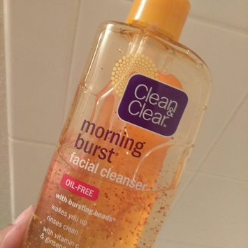 Clean & Clear Morning Burst Oil-Free Facial Cleanser uploaded by Sangita R.