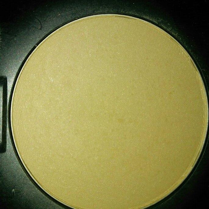 Maybelline Fit Me! Set + Smooth Pressed Powder uploaded by Karlee B.