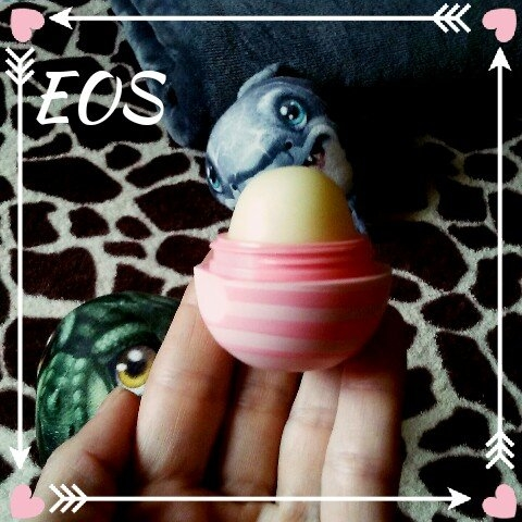 eos 2-pk. Visibly Soft Lip Balm Sphere Set - Limited Edition, Multicolor uploaded by Jenna H.