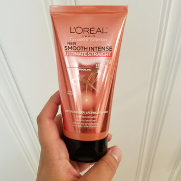 L'Oréal® Paris Advanced Haircare Smooth Intense Ultimate Straight Straight Perfecting Balm 5.1 fl. oz. Tube uploaded by Alessandra S.