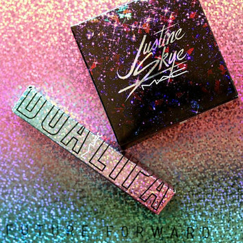Photo of M.A.C Cosmetic Justine Skye Iridescent Powder uploaded by Vanessa D.
