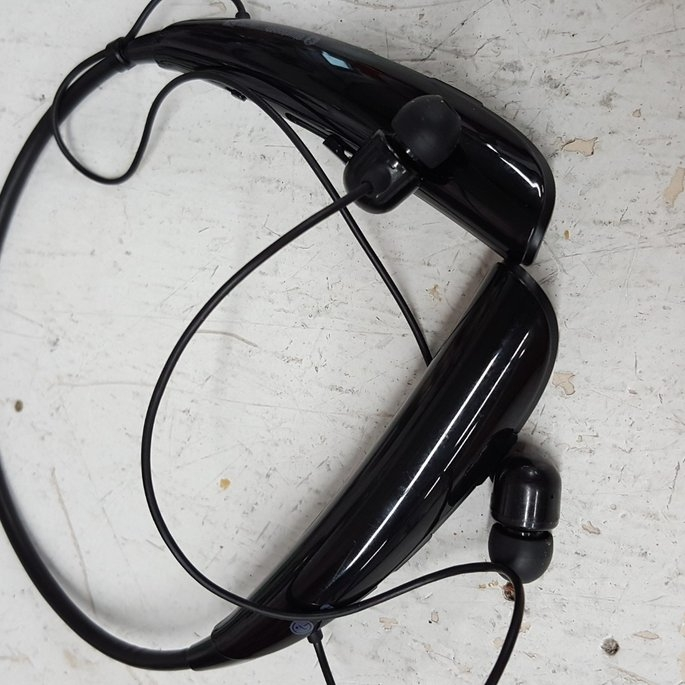 LG Tone Pro Bluetooth Headset uploaded by Linsey S.