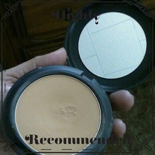 MAC Studio Fix Powder Plus Foundation uploaded by Emilia S.