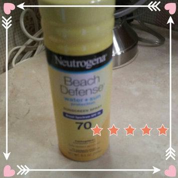 Photo of Neutrogena® Beach Defense® Water + Sun Protection Sunscreen Spray Broad Spectrum SPF 70 uploaded by Leidi R.