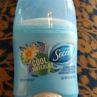 Fresh Exspressions Secret Fresh Antiperspirant and Deodorant Invisible Solid, Cool Waterlily, 0.5 Oz. uploaded by Sara S.
