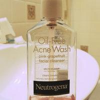 Neutrogena Oil-Free Pink Grapefruit Acne Wash Facial Cleanser uploaded by Lizbeth G.