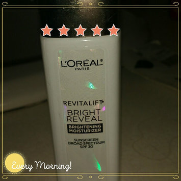 L'Oréal Paris Revitalift Bright Reveal SPF 30 Moisturizer uploaded by Sarah S.
