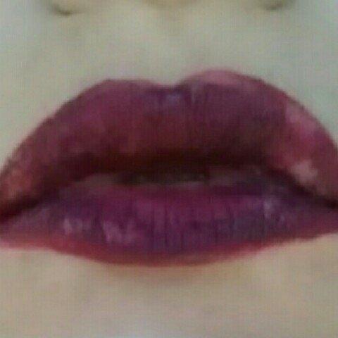 L.A. Colors Pout Lipgloss Matte uploaded by Morgan R.