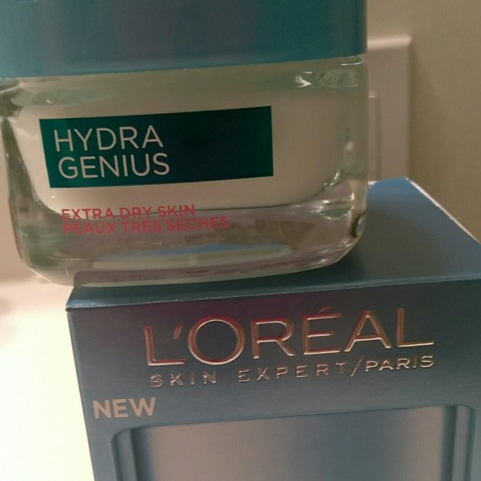 L'Oreal Paris Hydra Genius Extra Dry Skin Daily Liquid Care uploaded by Heaven B.