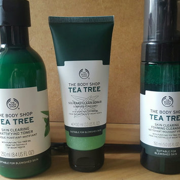 Photo of The Body Shop Tea Tree Skin Clearing Foaming Cleanser uploaded by Gemma S.
