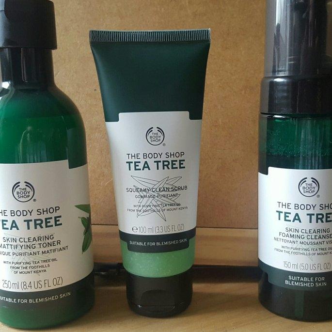 The Body Shop Tea Tree Skin Clearing Foaming Cleanser uploaded by Gemma S.