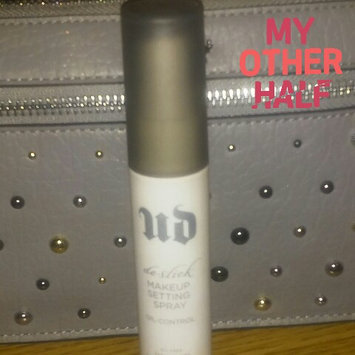 Urban Decay De-Slick Makeup Setting Spray uploaded by Rhiannon V.
