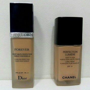 Photo of Dior Capture Totale Foundation uploaded by faiza k.