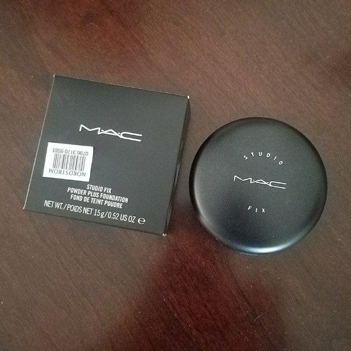 MAC Studio Fix Powder Plus Foundation uploaded by Riva Marie C.