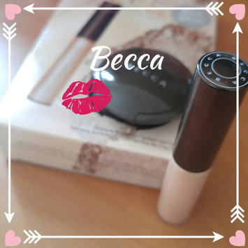 BECCA Shimmering Skin Perfector® Liquid Highlighter Prosecco Pop 1.7 oz/ 50 mL uploaded by Marie-Pier B.