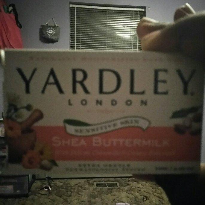 Yardley London Sensitive Skin Shea Buttermilk Moisturizing Bath Bar uploaded by Tempestt S.
