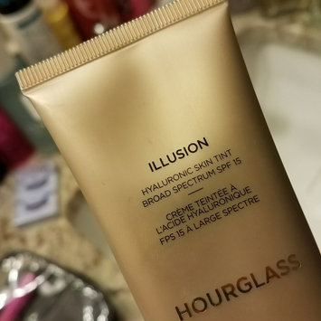 Photo of Hourglass Immaculate Liquid Powder Foundation uploaded by Lanita L.