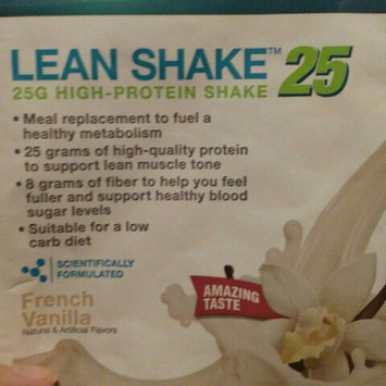 Photo of GNC Total Lean Shake 25 uploaded by Arlette P.