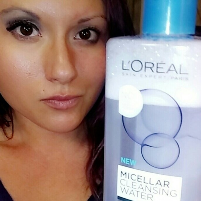 L'Oreal Paris Micellar Cleansing Water for Normal to Oily Skin 13.5 fl. oz. Bottle uploaded by Alyssa H.
