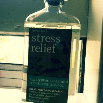 Photo of Bath & Body Works True Blue Spa Stress Relief Eucalyptus Spearmint Body & Shine Shampoo 16 Fl Oz uploaded by Corijona F.