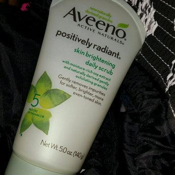 Aveeno Positively Radiant Skin Brightening Daily Scrub uploaded by Valerie M.