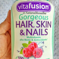 Vitafusion™ Gorgeous Hair, Skin & Nails Multivitamin Raspberry Gummies uploaded by Rosalba M.