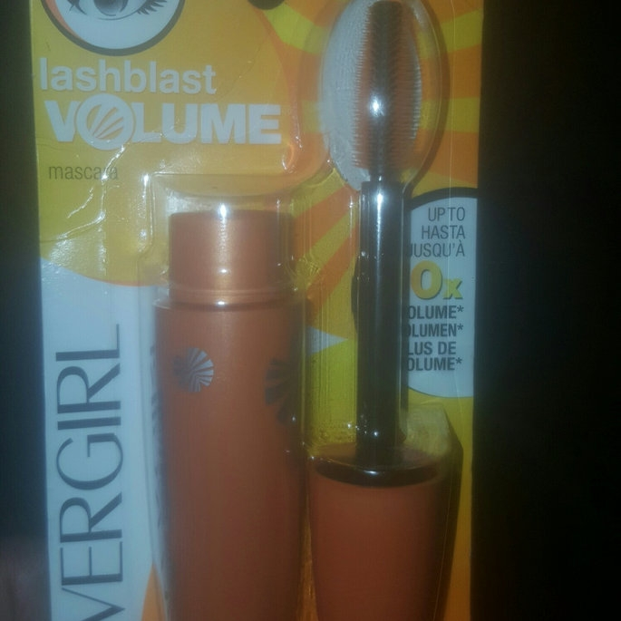 COVERGIRL LashBlast Volume Mascara uploaded by Dania R.