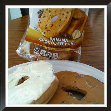 Photo of Thomas' Limited Edition Banana Bread Pre-Sliced Bagels, 6 count, 19 oz uploaded by Shannon A.