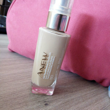 Photo of Anew Age-transforming Foundation SPF 15 uploaded by Maria Jose C.