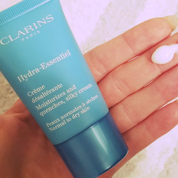 Photo of Clarins Hydra-Essentiel Silky Cream For Normal To Dry Skin uploaded by Ayla W.