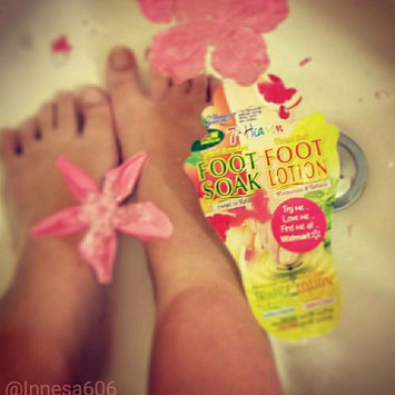 7th Heaven Juiced Grapefruit Foot Soak & Pressed Mint Foot Lotion uploaded by Inna K.
