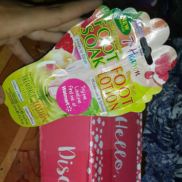 7th Heaven Juiced Grapefruit Foot Soak & Pressed Mint Foot Lotion uploaded by Yamaly R.